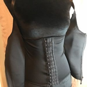 Waist trainer corset and vest size S